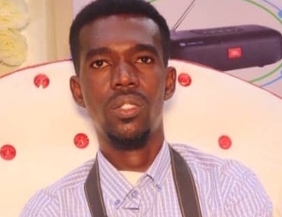 Somali human rights defender, journalist and editor for Radio Hiigsi, Mohamed Abduwahab (Abuuja) has been arbitrarily detained and by Somali authorities since March 7, 2020. | Photo/SJS.